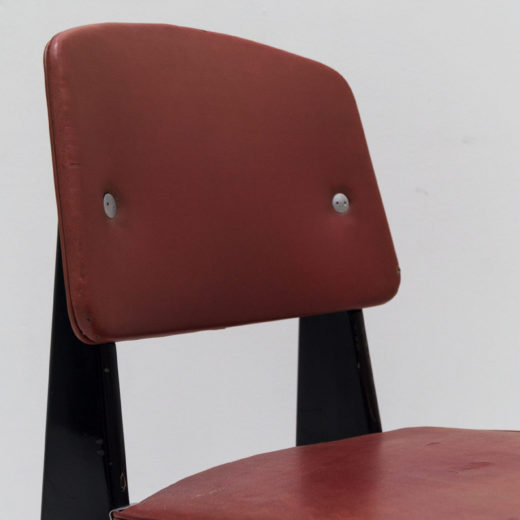 Standard Red Chair, Metropole No. 305