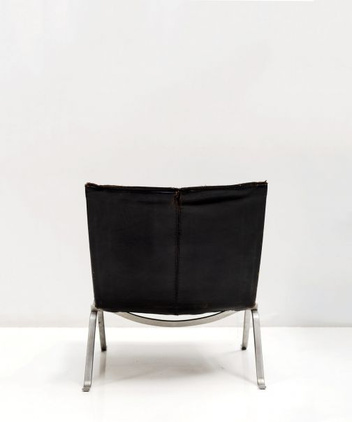 PK22 Chair in black leather