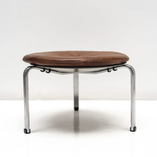 PK33 Stool in original leather